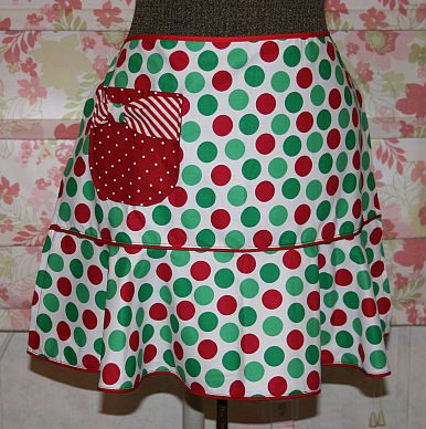 Festive Apron w/ Boutique Style Pocket | Sew Vac Outlet (Humble ...